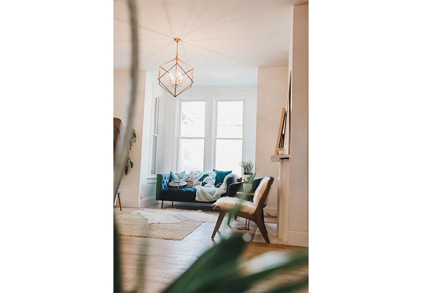 1890brickyhouse-living-room