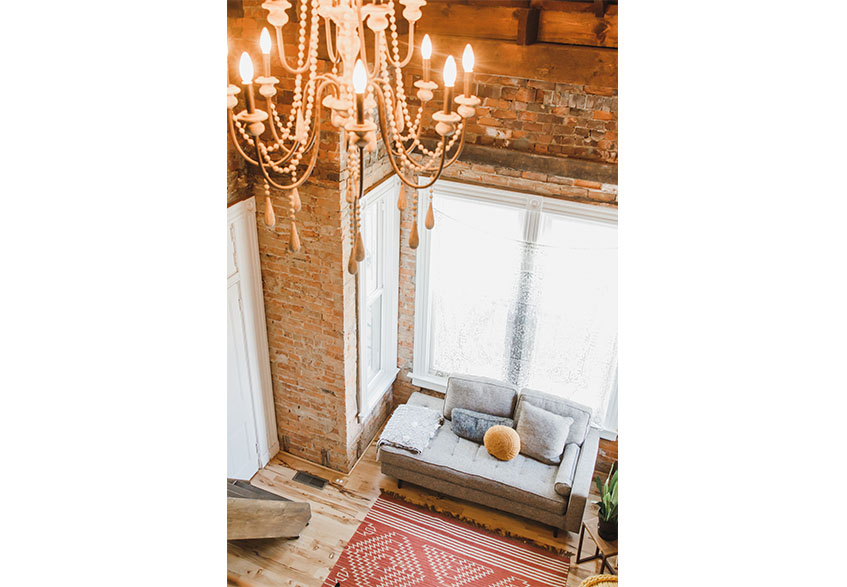 1890brickyhouse-loft-chandelier