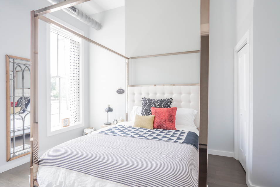 airbnb-minimalism-bedroom
