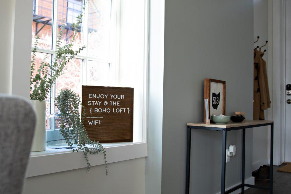 airbnb-boho-loft-entryway