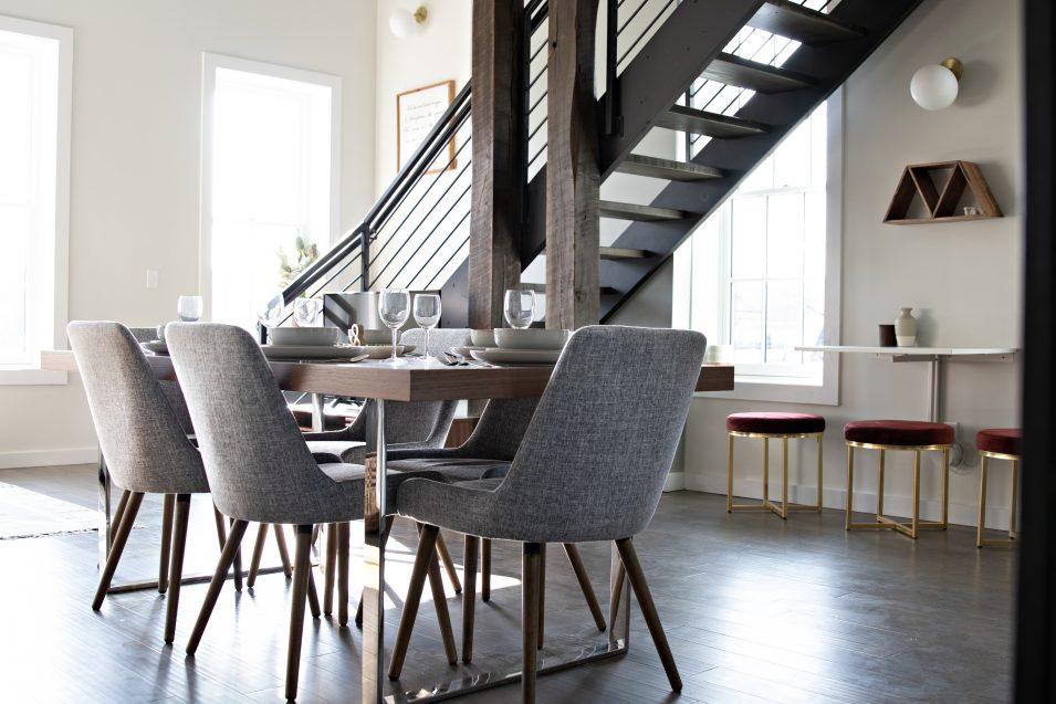 airbnb-boho-loft-dining-room