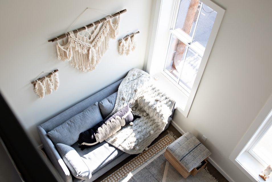 airbnb-boho-loft-living-room