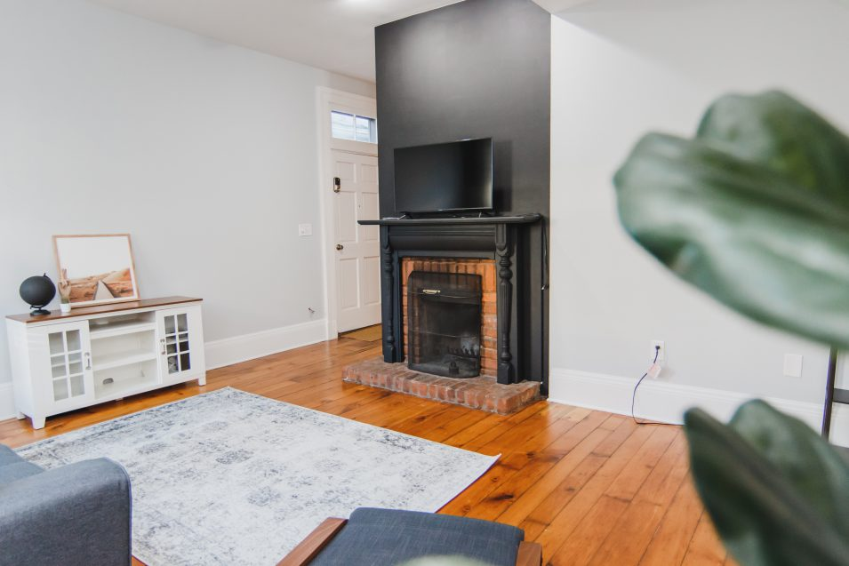 airbnb-ky-ave-fireplace